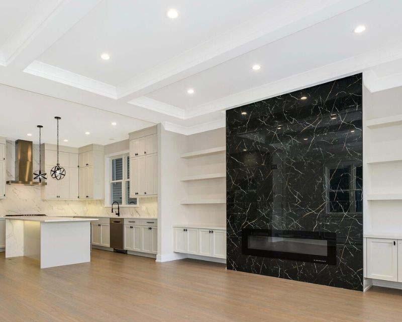 Black tiles in white livingroom