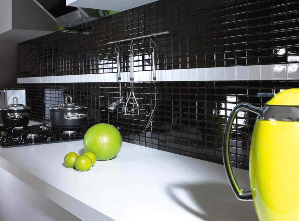 arrangement-kitchen-with-mosaic-over-the-top-altea-albir-ceramic-majestic-tiles